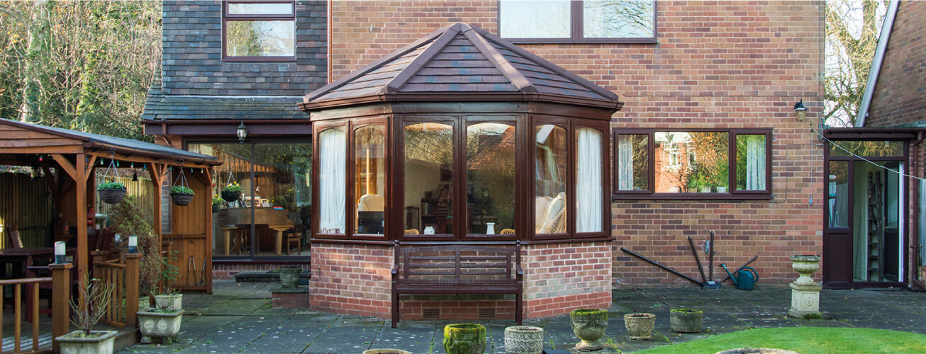 VICTORIAN STYLE CONSERVATORY NEWCASTLE-UPON_-TNE
